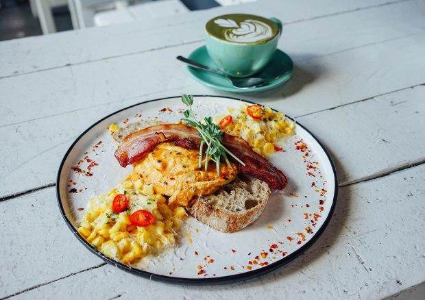 earlybird-cafe-bugis