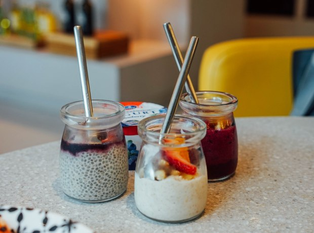 andaz-alley-on-25-lazy-breakfast-assorted-jars