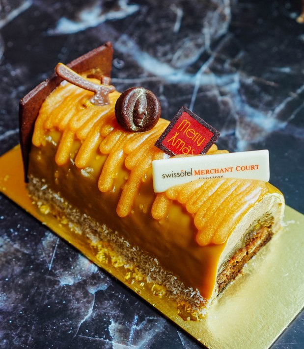 swissotel-merchant-court-ellengorough-market-cafe-christmas-buffet-acai-banana-chocolate-cake