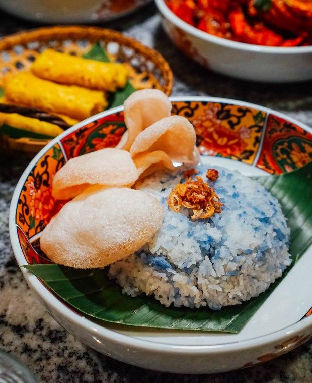 swissotel-merchant-court-ellengorough-market-cafe-christmas-buffet-nasi-bunga-telang