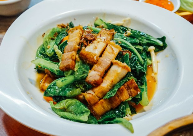 wang-thai-kitchen-kai-lan-with-roasted-pork