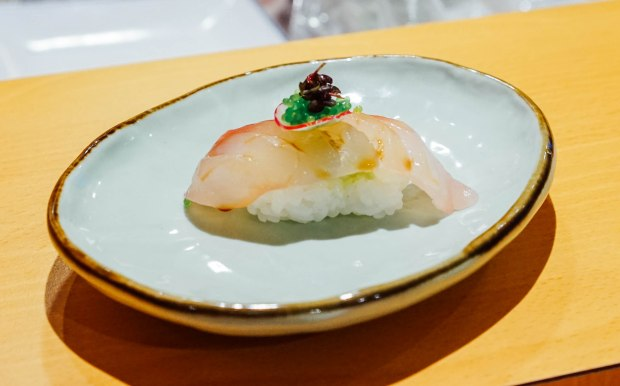 wa-i-sushi-omakase-tai-with-wasabi-tobiko