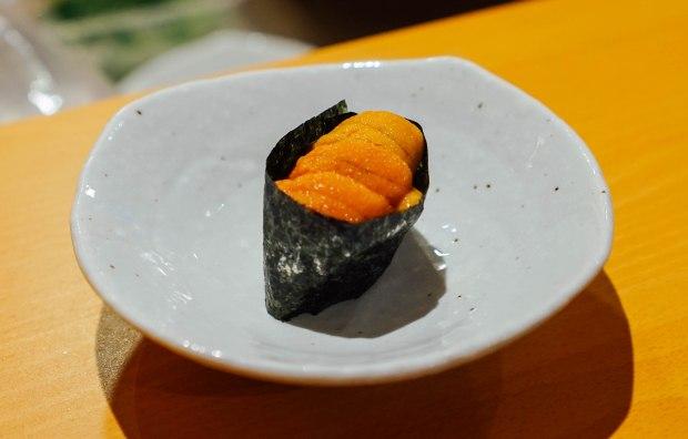 wa-i-sushi-omakase-uni-gunkan-sushi
