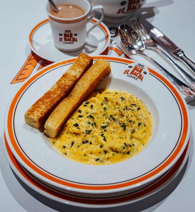 bacha-coffee-scrambled-eggs-with-black-truffle