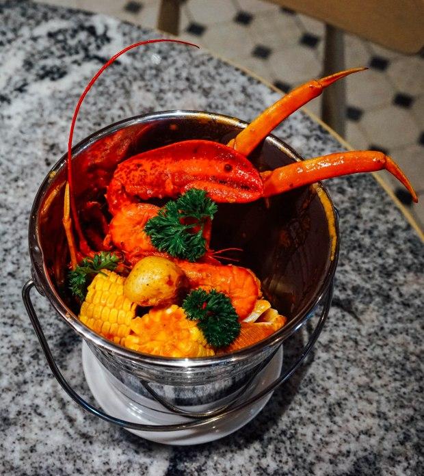 ellenborough-market-cafe-seafood-bucket