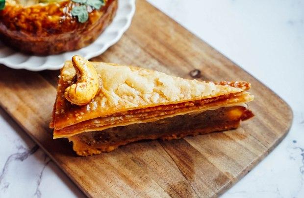 le-matin-patisserie-travel-series-bake-box-turkey-cashew-tartlava