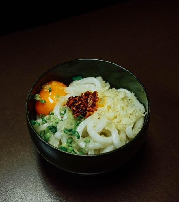 dosukoi-x-donpachi-sake-bar-udon