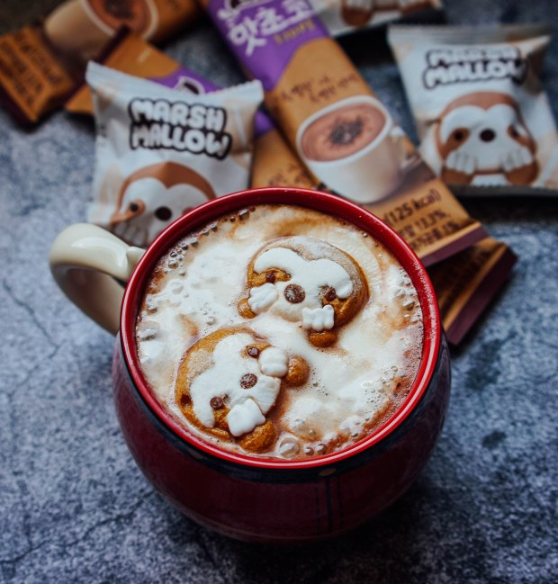 Mitte Hot Chocolate Drink with Marshmallow Sloth 4